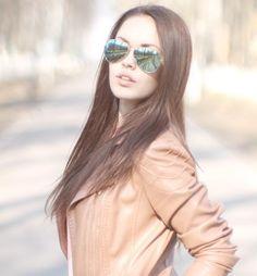 #втемныхочках #всолнечныхочках #зеркальныеочки #девушка #красиваядевушка #модель #девушкамечта #красотка #фото #девушкадня #girl #love #me #cute #picoftheday #beautiful #photooftheday  #coolgirl #cutegirl #beauty #pretty #instagirl #prismafotogirls