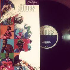 """Jimi Hemdrix - Blues (Compilado en 1994, canciones entre 1966 y 1970)  / Mención honrosa """"Voodoo Chile Blues"""" http://youtu.be/i1cjaHgFa2w"""
