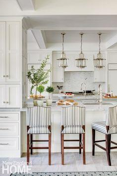 Home Interior Salas Classic New England Charm kitchen
