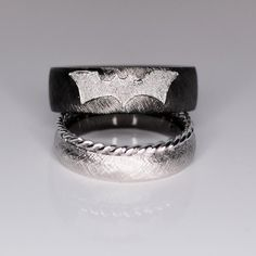 Unique Wedding Bands, Wedding Band Sets, Wedding Rings, Batman Wedding, Second Weddings, Gold Platinum, Engagement Rings, Jewels, Gemstones