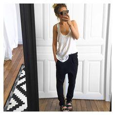 Comme un dimanche ✔ débardeur #iro (old) pantalon Trotter ( proto) #eponymcreation sandales #birkenstock sur @birkenstock_official #ootd lunettes #triwa sur @triwaworld