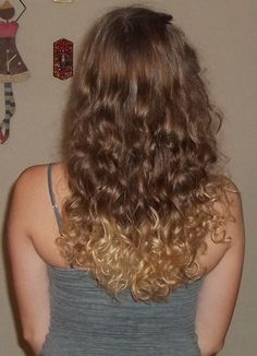 my curly ombre hair :)