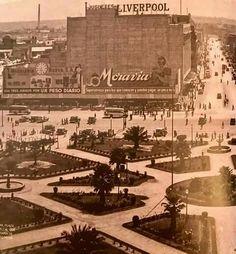 El zócalo de la ciudad de México, 1936. Hermosa como siempre mi ciudad.