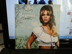 B'Day! Tem um DVD com a videografia da Beyoncé até 2007. Tá lindja na capa! Tempos de ouro da Beyoncé, uma de suas melhores turnês, e sua primeira grande turnê solo. Ganhei do padrasto em 2011! Custou R$35,00