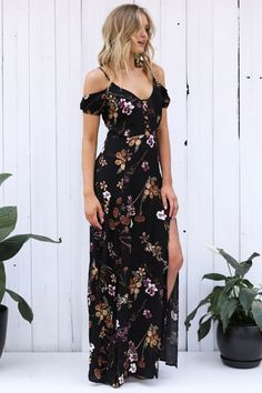 Love the off the shoulder look and the length of this dress - this is perfect for me!