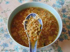 Zuppa di yakisoba con verdure