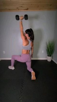 Full Body Hiit Workout, Back Fat Workout, Dumbbell Workout, Home Workout Videos, At Home Workouts, Arm Workouts Without Weights, Creativity Exercises, Workout Routines For Women, Keto