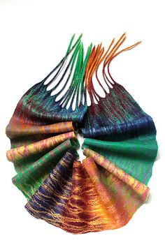 love this beautiful scarf, these amazing colors!