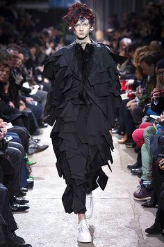 Comme des Garçons Otoño/Invierno 2013 Semana de la Moda de París ….. Comme des GarçonsAutumn/Winter 2013 Paris Fashion Week