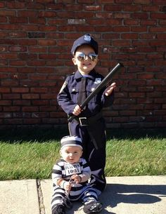 Police and Criminal halloween costumes