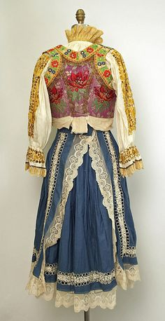 20th century Eastern European cotton and silk ensemble. Rear view.
