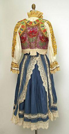 20th century Eastern European cotton and silk ensemble. Rear view.