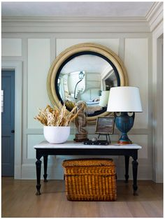 Paint idea for my round entry mirror. Image is from the Six Swans house designed by Steven Gambrel.