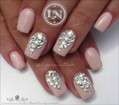 Luminous Nails: Bridal Nails, Wedding Nails with Swarovski Crystals.