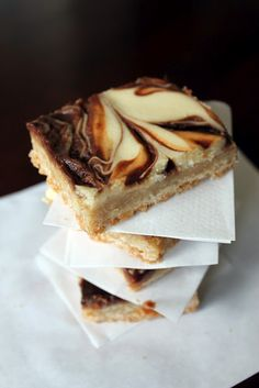 "The Kitchen Prep: ""Elastic Waistband Friendly"" Nutella Caramel cheesecake bars"