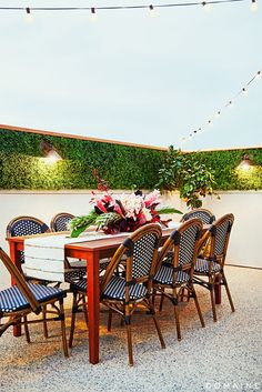 Greenery on Outdoor Walls.....Before and After: A Celeb Hairstylist's Exotic Rooftop Remodel via @domainehome