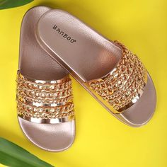 Sliding into Monday in a pair of rose gold sandals. . Search: 79168