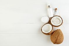28 SURPRISE USES FOR COCONUT OIL Coconut Oil Uses, Blog, Home Decor, Homemade Home Decor, Blogging, Decoration Home, Interior Decorating, Coconut Oil