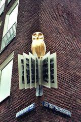 Lüneburg: Nasenschild einer Buchhandlung