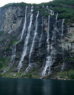 Seven Sisters Waterfall, Norway - http://www.amazingsnapz.com/2013/07/seven-sisters-waterfall-norway.html