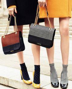 nice How to wear heels with socks like a fashionista Stilettos, Pumps, High Heels, Socks And Heels, Ankle Socks, Suede Heels, High Socks, Moda Fashion, Retro Fashion