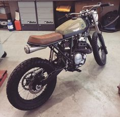 Absolutely love this XR600 by Cafe Racer Dreams