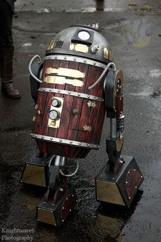 A steampunk R2-D2, Knightmare photography