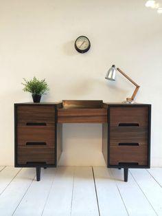 £325 + del VINTAGE WALNUT DESK 1960s DANISH INFLUENCE RETRO in Home, Furniture…