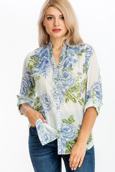 Magazine Clothing, Fashionable Plus Size Clothing, Floral Tops, Floral Prints, White Tunic, Roll Up Sleeves, Plus Size Outfits, Button Downs, Tunic Tops