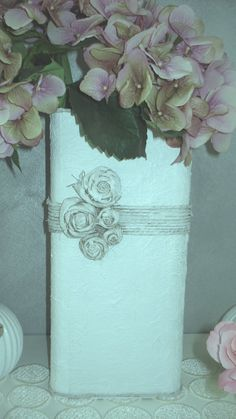 Shabby chic style vases by Verdecannella on Etsy