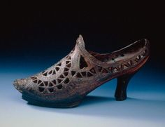 Wooden shoe, 18th century. Musée des Traditions et Arts Normands.