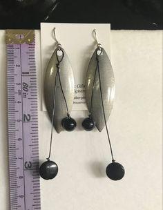 Fait mains et hypoallergeniques Pearl Earrings, Drop Earrings, Bracelet, Pearls, Jewelry, Gifts, Handmade, Boucle D'oreille, Hands