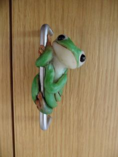 Frog Pull