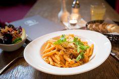 Du findest mit Sicherheit etwas in unserer Speisekarte das Dir schmeckt. Fuer  jeden ist immer etwas dabei.  Taegliche wechselnde Tages- und Mittagskarte, fuer mehr Abwechslung.    Mozart - Cafe - Restaurant - Cocktail Bar   www.cafe-mozart.info #Cafe #Mozart #Restaurant #Cocktail #Bar #Muenchen #Fruehstueck #Kuchen #Mittagsmenu #Lunch #Sendlingertor #Placetobe #Kaffee #Push2hit