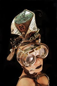 steampunk hats and goggles - Bing images Steampunk Top Hat, Steampunk Couture, Steampunk Goggles, Steampunk Cosplay, Steampunk Design, Gothic Steampunk, Steampunk Clothing, Steampunk Fashion, Steampunk Necklace