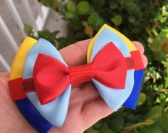 Disney Inspired Snow White Hair Bow by MagicandaLittleGlue on Etsy Snow White Hair, White Hair Bows, Ribbon Hair Bows, Diy Ribbon, Ribbon Crafts, Ribbon Projects, Diy Crafts, Princess Hair Bows, Girl Hair Bows