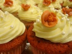 Red Velvet Cupcakes #Wedding #cupcakes