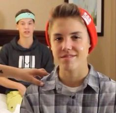 Matts: hey babe come lick the soap off my face. Meanwhile...  Taylor: Dude Ewww that's sooo gross