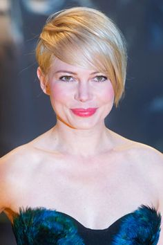 "Chic 'Do: Get Michelle Williams' Mark Townsend Styled ""Oz"" Premiere Hair"