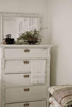 dresser delight