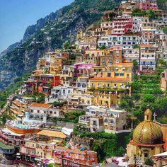 The beautiful Positano, Amalfi Coast, Italy ✨❤️✨ picture by ✨✨ Mallonee Mallonee Churchward✨✨ Amalfi Coast Positano, Positano Italy, Best Family Vacation Spots, Best Vacations, Wonderful Places, Beautiful Places, Beautiful Homes, Win A Holiday, Destinations