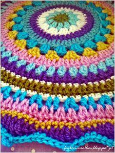 Faz bem aos olhos | Crochet - Crafts - Lifestyle: mandalas