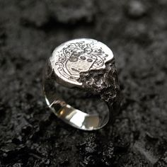 RUINS SIGNET RING // with custom eroded family crest engraving. Engraving is an art-form of its own - I work with a superbly talented team of two old-school hand engravers in Melbourne to provide my clients with custom touches to their pieces such as this. . . . . . #aliciahannahnaomi #handcrafted #signetring #engraved #handengraved #crest #familycrest
