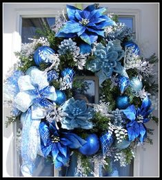 I love the blue, white, and silver themed Christmas wreath.