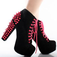 That hot pink actually makes me like the spikes.