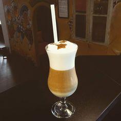 Hviezdny čaj s mliekom pre lepšie ráno  #milktea #cajovnazarohom #ziarnadhronom #morningtea #tealatte #yummyandhealthy