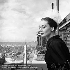 Museu de Londres anuncia exposição com fotos raras de Audrey Hepburn  Londres: Ela Londres: Ela