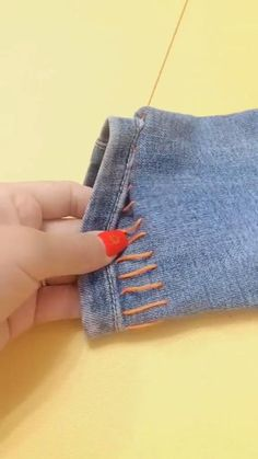 Sewing Basics, Sewing Hacks, Sewing Tutorials, Sewing Crafts, Tutorial Sewing, Diy Clothes And Shoes, Sewing Clothes, Clothes Crafts, Sewing Stitches