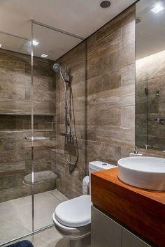 Decoração de apartamento concreto. No banheiro, lavabo, armário, balcão de madeira, cuba branca. #decoracao #decor #details #casadevalentina
