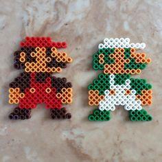 Perler Bead Mario et Luigi (original Super Mario Bros)